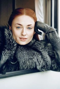 Find images and videos about game of thrones, sophie turner and sansa stark on We Heart It - the app to get lost in what you love. Sophie Turner, A Dance With Dragons, Mother Of Dragons, Sansa Stark, Game Of Thrones, Jon Snow, Game Of Throne Actors, King In The North, Dramas