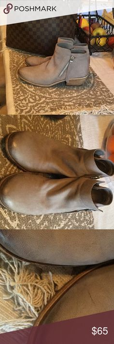 """Sam Edelman Packer Booties wide Bought these off Posh , they are to big for me . These are really nice booties. According to the previous listing it stated """" Color is Putty Leather , angled zips on the sides , genuine leather , heel height 1 1/2 """". """" These are NWOT,  but were out on the floor at the store and have a few minor flaws , mark on toe as seen in in picture . ( in my opinion these must have been worn in the store ??  I did not purchase these myself just FYI ) Sam Edelman Shoes…"""
