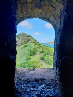 View of Signal Peak from Fort Rodney Bunker at Pigeon Island National Landmark in St Lucia. Sea Trek, National Landmarks, Adventure Of The Seas, Sustainable Tourism, Ultimate Travel, Amazing Destinations, Pigeon, Caribbean, Things To Do
