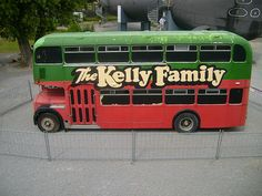 kelly family bus