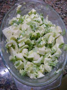 Ensalada de apio y manzana verde