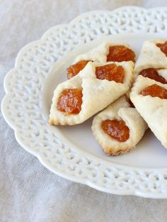 Apricot Kolaches – sweet, crispy and addicting, these Traditional Hungarian Christmas Cookies are sensational! A sweet apricot filling in a flakey, buttery pastry. Cookie Desserts, Just Desserts, Cookie Recipes, Dessert Recipes, Cookie Ideas, Holiday Baking, Christmas Baking, Pavlova, Italian Cookies