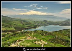 """Al centro della Sicilia, in quella che i Romani chiamavano """"umbilicus Siciliae"""", nasce un bacino che è ancora oggi tra i più grandi"""
