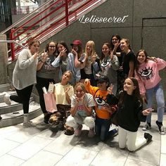 Lisa and Lena with fans at the airport