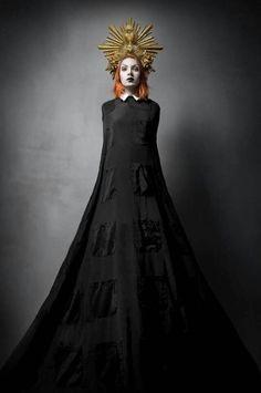 Evil queen, dark queen, character inspiration, fantasy character, novel