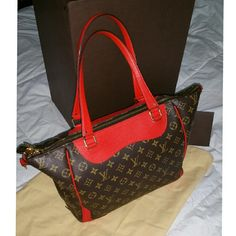MORE PHOTOS OF ESTRELLA! See other posting! Louis Vuitton Bags Shoulder Bags
