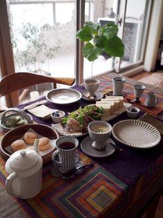 和食器でアフタヌーンティー|joli!joli!のおうちごはんとおかしとねこ♪ Home Food, Daily Meals, Food Presentation, Dinner Table, Japanese Food, I Foods, Table Settings, Dining Room, Pottery