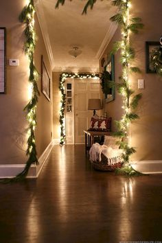 Cheap and easy christmas decorations for your apartment ideas (17)