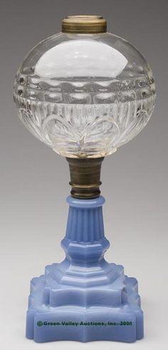 91: PETAL AND RIB STAND LAMP, kerosene period, colorles : Lot 91