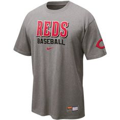 Gear up to cheer on all your favorite Reds players when the MLB season swings into high gear with this Practice tee from Nike.