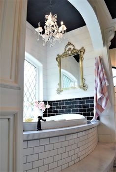 Examine this vital graphic and look at the provided related information on Bathroom Decor Inspiration Budget Bathroom, Small Bathroom, Master Bathroom, Decorating On A Budget, Interior Decorating, Paris Bathroom, Bathtub Remodel, Beautiful Bathrooms, Budgeting