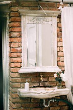 Sommerhochzeit in der Alten Gärtnerei #vintage #countrystyle #landhaus #gewächshaus Fine Art Photography, Studios, Flora, Vanity, Vintage, Farmhouse, Summer, Wedding, Dressing Tables