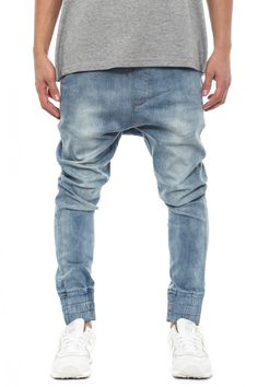 a77d6af32d501 Buy Jeans online from the latest range at Culture Kings. Skinny or Slim