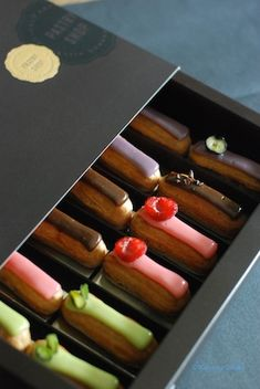 Eclair  ANDAZ Tokyo Dessert Packaging, Bakery Packaging, Food Packaging Design, Eclair Recipe, Eclairs, Profiteroles, Choux Pastry, Pastry Cake, Coffee Recipes