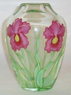 Decorative Arts & Fine Art - Bunte Auction Services, Inc. At auction Dec Please click image for more info Art Decor, Glass Vase, Auction, Fine Art, Antiques, Pretty, Image, Antiquities, Visual Arts