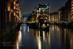 at night in Hamburg (2)