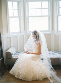 Pre-wedding bridal photography: http://www.stylemepretty.com/2015/01/15/summertime-chesapeake-bay-beach-club-wedding/ | Photography: Vicki Grafton - http://www.vickigraftonphotography.com/