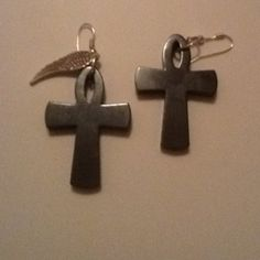 I just love crosses $10.00 267-362-9770 Or www.facebook.com/vhsweetblessings