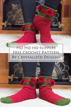 Learn how to make these Ho Ho Ho holiday socks with this crochet sock pattern. This easy crochet sock pattern is so fun to work up! Celebrate Christmas with pom poms! #crochet #crochetpattern #freecrochetpattern #crochetsocks #crochetslippers #crochetchristmas #christmascrochet Easy Crochet Socks, Crochet Socks Pattern, Loom Knitting Patterns, Crochet Shoes, Crochet Slippers, Easy Crochet Patterns, Crochet Designs, Free Crochet, Knitting Tutorials