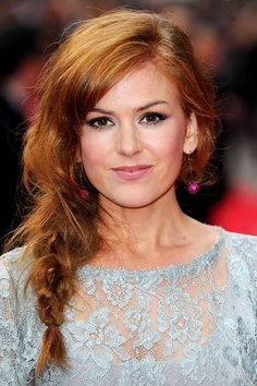 Isla Fisher's amber side plait - celebrity hair and hairstyles