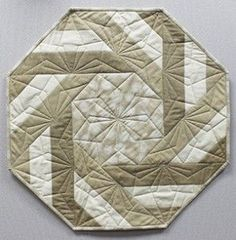 Basket Weave Table Topper | Notions - The Connecting Threads Quilt Blog | Bloglovin'