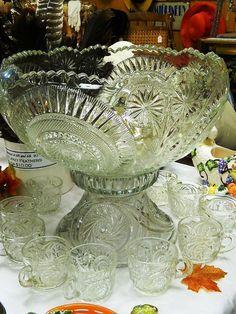 Early American Pressed Glass EAPG Slewed Horseshoe Punch
