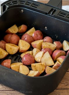 Easy Air Fryer Potatoes Recipe - How To Make Potatoes in Air Fryer The Effective Pictures We Offer You About recipes videos A quali - Air Fryer Recipes Snacks, Air Fryer Recipes Low Carb, Air Frier Recipes, Air Fryer Dinner Recipes, Air Fryer Recipes Potatoes, Fried Red Potatoes, Cooking Red Potatoes, Crispy Potatoes, Air Fry Potatoes