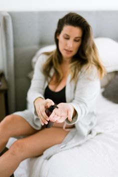 Ckick here to find out the TWO important factors you need to know about using essential oils while pregnant and our TOP TEN pregnancy safe essential oils! Are Essential Oils Safe, Rose Essential Oil, Pregnancy Blues, Diy Beauty Treatments, Hair Massage, Hair Growth Oil, Beauty Hacks, Beauty Tips, Latest Fashion For Women