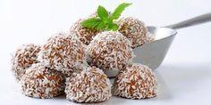 Kokosboller uten sukker Healthy Sweets, Healthy Snacks, Healthy Recipes, Foods Without Sugar, Chop Suey, Diabetic Snacks, Natural Health Remedies, Food Hacks, Food Tips