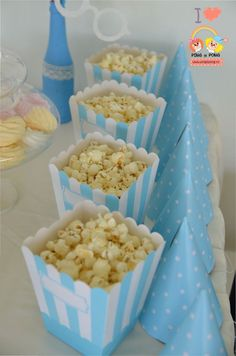 articole-decorare-candy-bar-suport-prajituri Polka Dots, Candy, Bar, Breakfast, Food, Morning Coffee, Essen, Meals, Sweets