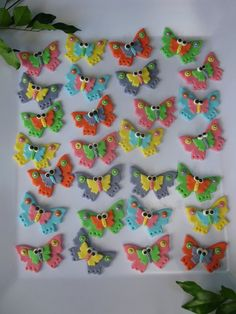 12 3D BUTTERFLIES  Edible Cupcake or Cake Toppers. $19.99, via Etsy.