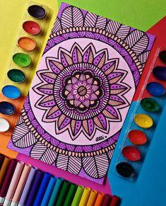 Beautiful decoration with sunflowers ?Beautiful decoration with sunflowers ? - wish I had doodle skills.I wish I had doodle skills. Doodle Art Drawing, Mandala Drawing, Mandala Painting, Unique Drawings, Art Drawings, Dibujos Zentangle Art, Zentangles, Mandala Art Lesson, Mandala Coloring
