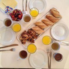 Breakfast at Barceloneta