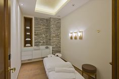 Enjoy our many different massages and treatments. Zermatt, Beau Site, Alcove, Relax, Wellness, Beauty, Beauty Illustration