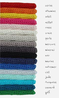 Larue gehaakt kussen grijze pakdeken met grijs van etaussi op Etsy  Mooi kleurenpalet langs pakdeken...