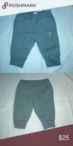 SWEATPANTS BABY GAP SWEATPANTS 6-12 MONTHS WORN IN GOOD CONDITION WILL SHIP OUT SATURDAY Bottoms Sweatpants & Joggers