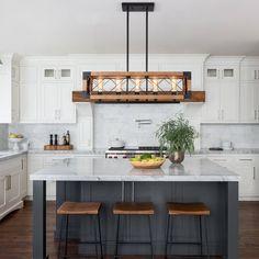Living Room Kitchen, Home Decor Kitchen, Kitchen Interior, New Kitchen, Kitchen Tips, Craftsman Kitchen, Modern Farmhouse Kitchens, Home Kitchens, Craftsman Farmhouse