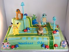 Pokemon Go kage Pokemon Torte, Pokemon Go Cakes, Pokemon Birthday Cake, Pikachu Cake, 9th Birthday, Boy Birthday Parties, Pokemon Pokemon, Birthday Ideas, Fondant Cupcake Toppers