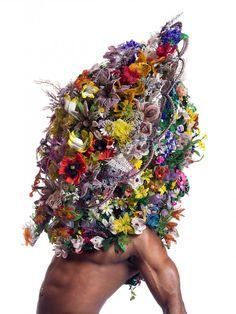 Nick Cave | Artist Bio and Art for Sale | Artspace No Face, Nick Cave Artiste, Nick Cave Soundsuits, Rodney King, Sculpture Textile, Textile Art, Modern Sculpture, Soft Sculpture, Sculptures