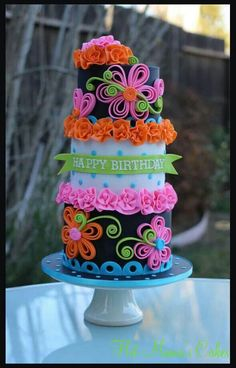 Neon quilling cake - Cake by Hot Mama's Cakes Gorgeous Cakes, Pretty Cakes, Cute Cakes, Fancy Cakes, Amazing Cakes, Crazy Cakes, Fondant Cakes, Cupcake Cakes, Bolo Sofia