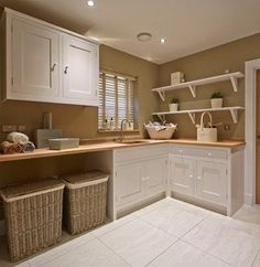 Bloor Homes utility room - Farmhouse - Laundry Room - south west - by Coppice Guild
