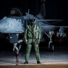 Flight data, track data and night vision.  We're happy to announce that the Swedish Air Force's Gripen E fighter aircraft will use Targo, the advanced helmet mounted display system. Pilots equipped with Targo will be able to better locate, track and identify targets, both day- and nighttime. More about this in our latest press release linked in bio  #linkinbio👆 #smartfighter #gripen #avgeek