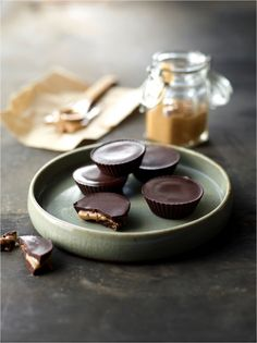 Belle Gibson from the whole pantry's – Chocolate Nut butter Cups