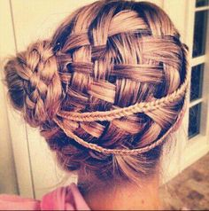 Don't you like to try a different way of styling your hair like this??