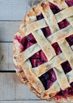 How to make Perfect Pie Crust. (Berry pie is my favorite!)