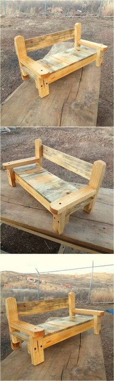 Lovely Wooden Pallets Sofa Bench Sofa Bench, Diy Bench, Bench Seat, Wooden Pallet Projects, Pallet Crafts, 1001 Pallets, Wooden Pallets, Pallet Sofa, Pallet Furniture
