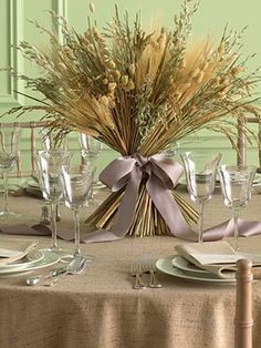 Scaled down to smaller bunches, all wheat or mixed grain. Tie with either green ribbon or burlap.