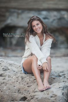 Girl Senior Photo Posing Ideas & What to Wear Inspiration Best Women's Beach Photoshoot San Diego Malibu Venice Beach California by Celebrity & Award Winning Photographer Monica Kane Stewart 15th Street Photography