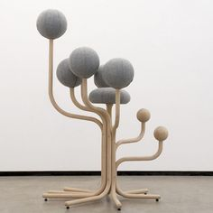 G A R D E N C H A I R ~ Peter Opsvik #gardenchair #peteropsvik #furnituredesign #norway #ergonomic #globegarden #1985 #dreamchair #dorkusloves