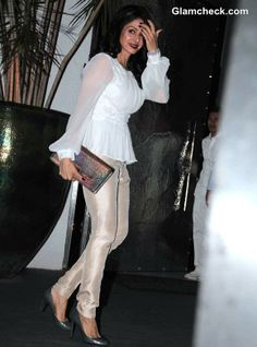 Sridevi at Simone Khan Arora's birthday Feb, 14